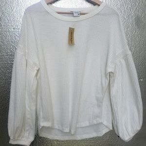 New AMERICAN RAG CIE White Sweater Medium NWT